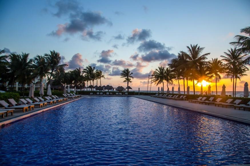 бассейн, отель
