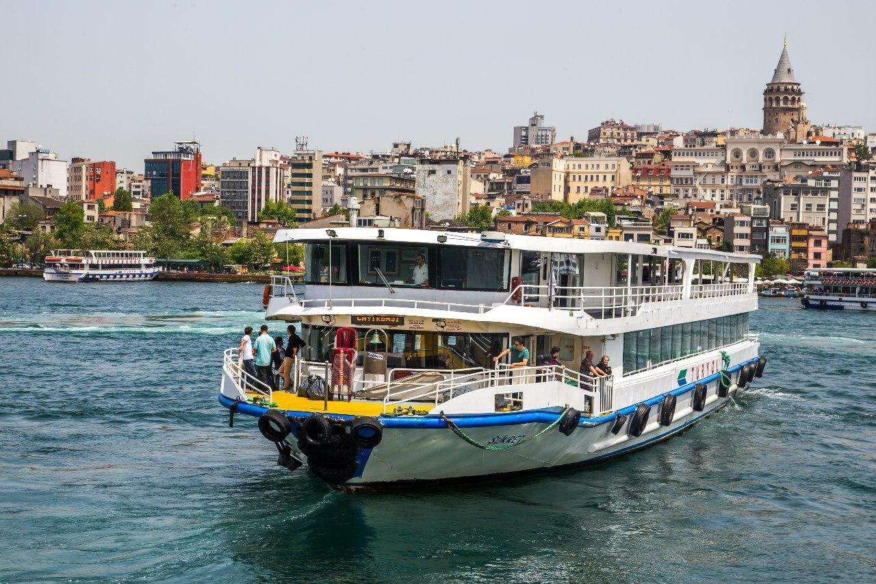 Турция потеряла почти 17% доходов от туризма за три месяца 2016 года